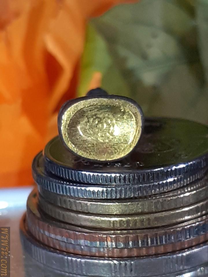พระกริ่ง ชัยวัฒน์ รัชกาล ปางสมาธิ หมุดทอง แผ่นปิดใต้ฐานทอง จารย์ยันต์ กริ่งดัง พระสายวัง/Phra Kring Chaiwat, reign, meditation posture, gold pin, cover plate under the gold base, Chan Yan, ringing bell, Phra Sai Wang