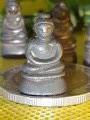 พระชัยวัฒน์ รัชกาล ปางสมาธิ มะอะอุ เนื้อสัมริด นวะกับดำ หล่อเต็มองค์ พิมพ์หายาก